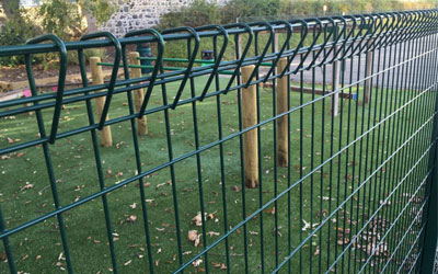Welded Wire Mesh Fence is different from other guardrail