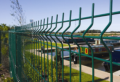 The use of welded mesh fence and its advantages
