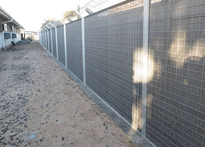 Vertical Wire 358 security fence